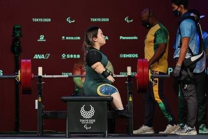 Mariana D'Andrea vence na categoria até 73 kg e ganha ouro nos Jogos Paralímpicos de Tóquio.