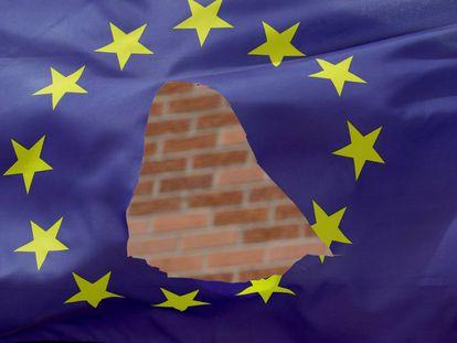 Bandeira rasgada da União Europeia em Knutsford Cheshire.