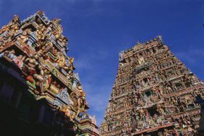 Detalhe do exterior do templo de Kapaleeshwara, em Chennai (Índia).