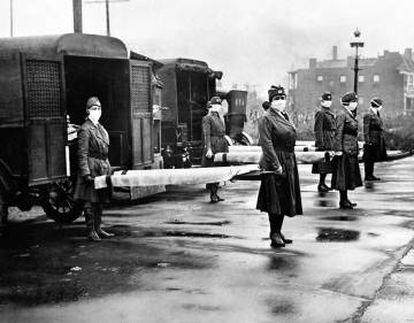 Enfermeiras da Cruz Vermelha em Saint Louis (EUA), em outubro de 1918.