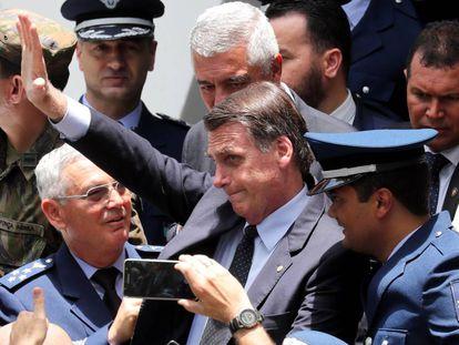 Jair Bolsonaro durante formatura de sagentos.