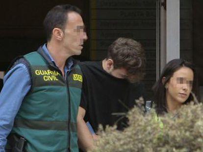 Irmã advogada do suspeito pela morte de família brasileira o convenceu a voltar à Espanha