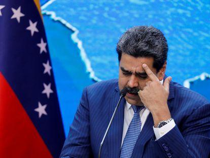 Nicolás Maduro concede entrevista coletiva no Palácio Miraflores, em Caracas, nesta quinta-feira.