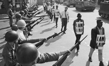 Manifestação pelos direitos civis em Memphis, 1968.