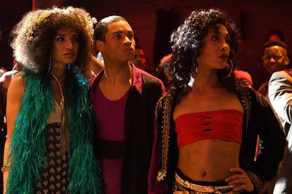 Indya Moore, Ryan Jamaal Swain e Mj Rodriguez, em um capítulo de 'Pose'.