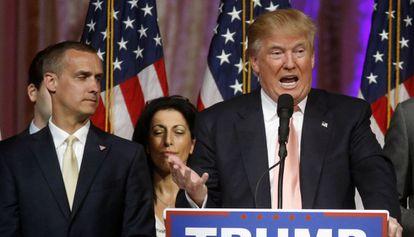 Corey Lewandowski com Trump, no último dia 15.