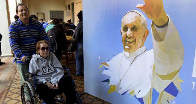 Preparação no Paraguai para a visita do Papa.