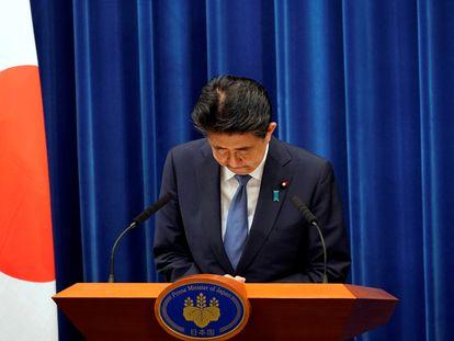 Shinzo Abe se despede durante sua última entrevista coletiva, no último dia 28 de agosto.