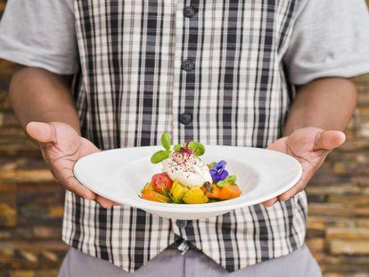 Foto de um dos pratos servidos no The Clink, no Reino Unido.