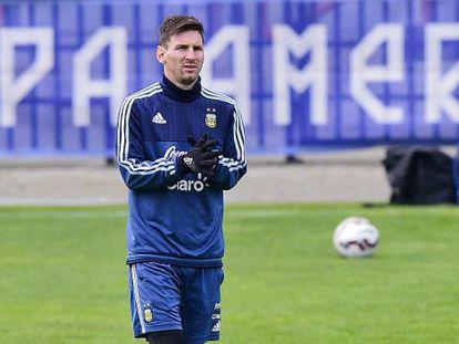 Lionel Messi, em um treinamento da Argentina em Concepción.