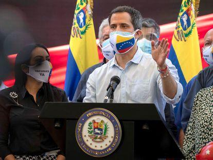 O oposicionista venezuelano Juan Guaidó, em entrevista à imprensa em Caracas, na quarta-feira passada.