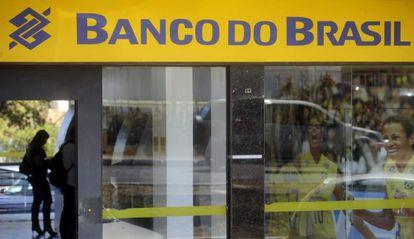 Banco do Brasil voltou atrás sobre retirada de anúncios de sites com histórico de 'fake news'.