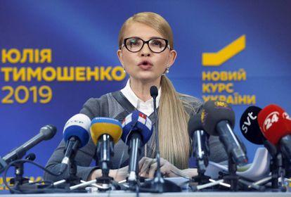 Timoshenko numa entrevista coletiva em Kiev