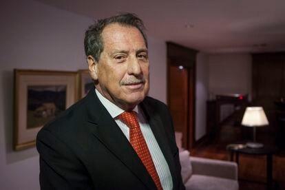 O empresário e banqueiro argentino Jorge Brito posa em Buenos Aires em 2015.