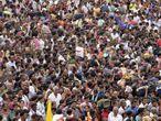 Multidão participa de festival hindu em julho, em Rajahmundry.