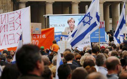 Merkel, em sua intervenção no protesto contra o antissemitismo.
