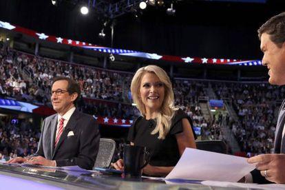 Megyn Kelly, ao centro, a apresentadora da FOX insultada por Trump.