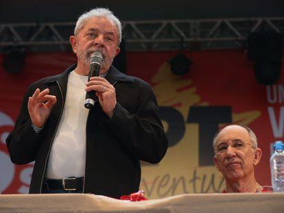 Lula e Falcão em encontro do PT, em novembro passado.