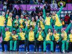 Atletas brasileiras celebram medalha de ouro nos jogos Panamericanos.