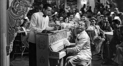 Um fotograma de 'Casablanca' (1942), o clássico de Michael Curtiz.