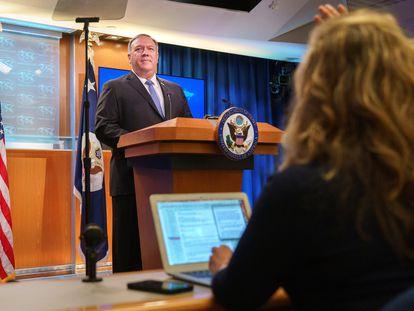 O secretário de Estado dos EUA, Mike Pompeo, durante coletiva de imprensa nesta terça-feira em Washington.