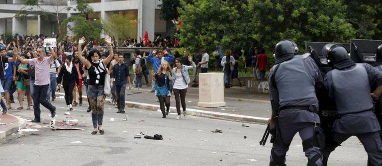 Polícia Militar reprime ato do MPL em janeiro deste ano em São Paulo.