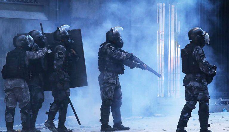 Policiais que atuaram na proteção à Assembleia e repressão aos manifestantes.