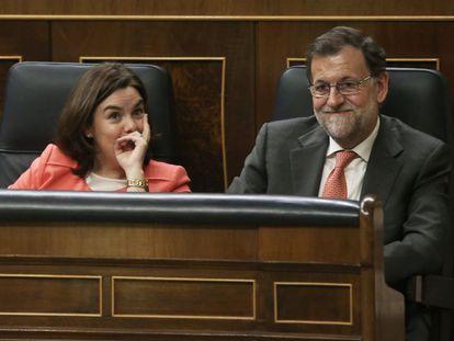 O presidente do Governo da Espanha, Mariano Rajoy, e a vice-presidenta Soraya Sáenz de Santamaría.
