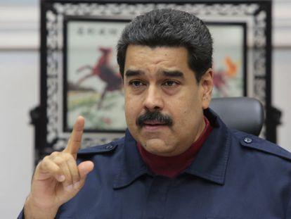 O presidente Maduro, durante encontro com ministros em março.
