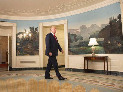 Donald Trump, neste domingo na Casa Branca pouco antes de mudar de posição sobre a violência em Charlottesville.