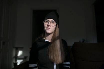 Raquel Txavarria, que sofreu em novembro uma hemorragia subaracnóidea, em sua casa, em Barcelona.