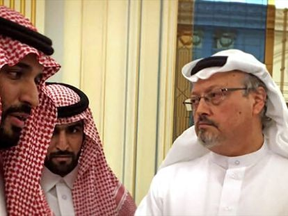 Mohammad bin Salman e Jamal Khashoggi em 'The Dissident'. No vídeo, trailer do filme.