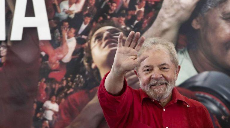 Lula depois de pronunciamento