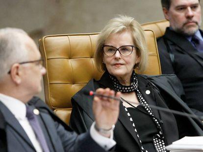 Rosa Weber com Édson Fachin e Dias Toffolli no plenário desta quarta.