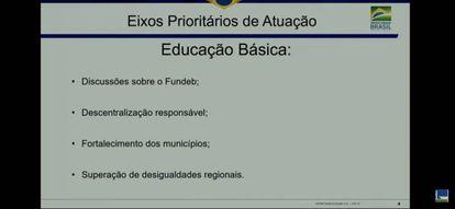 Um dos slides apresentados pelo ministro na audiência desta quarta.