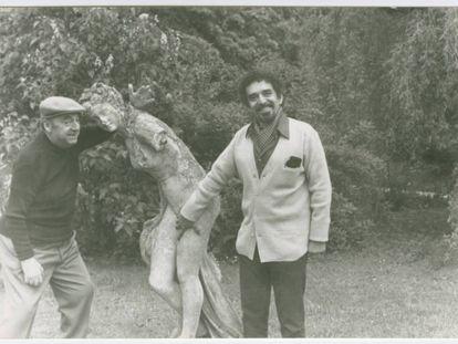 Gabriel García Márquez e Pablo Neruda na Normandia, França.