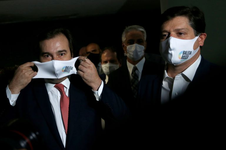 O presidente da Câmara, Rodrigo Maia, e seu candidato à sucessão, Baleia Rossi no dia 6, em Brasília.