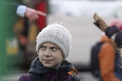 A ativista sueca Greta Thunberg durante protesto contra a mudança climática em Estocolmo, no dia 14 de fevereiro.