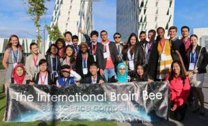 Estudantes que disputaram as Olimpíadas Internacionais de Neurociência em 2016.