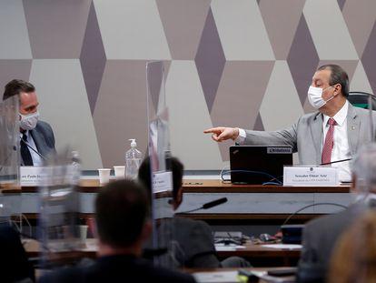 Luiz Paulo Dominguetti e Omar Aziz na CPI da Pandemia.