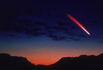 Um cometa passa próximo da Terra.