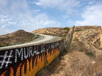 Parte da cerca entre Estados Unidos e México em Tijuana.