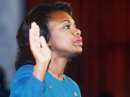 Anita Hill, no dia 12 de outubro de 1991, ante o comitê judicial do Senado dos Estados Unidos.