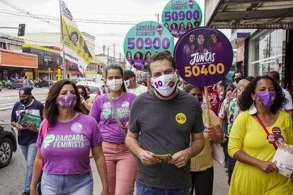 Guilherme Boulos, candidato do PSOL à Prefeitura de São Paulo, durante campanha na quarta.