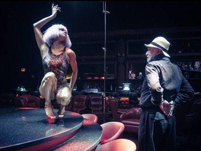 A bailarina Misty Copeland e o fotógrafo Albert Watson durante a sessão do calendário Pirelli.