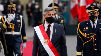 O presidente do Peru, Francisco Sagasti, durante cerimônia no dia 17 de novembro.