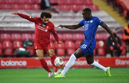 Mohamed Salah em ação pelo Liverpool contra o Chelsea, na Premier League.