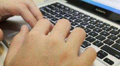 Consumidores preferem reclamar na Internet por agilidade de resposta das empresas.