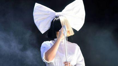 Sia, durante um show em meados deste ano na Inglaterra.