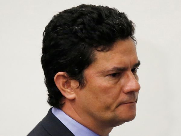Brazil's Justice Minister Sergio Moro speaks during a news conference, amid the coronavirus disease (COVID-19) outbreak in Brasilia, Brazil April 24, 2020. REUTERS/Ueslei Marcelino